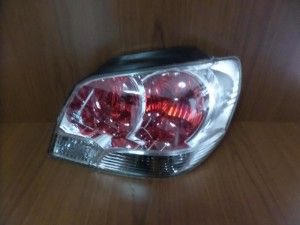 Mitsubishi outlander 03-07 πίσω φανάρι δεξί