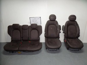 Lancia musa 08-13 σέτ καθίσματα με airbag εμπρός-πίσω καφέ (δερμάτινα-τα εμπρός με τεμπέλη)