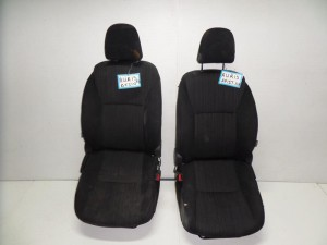 Toyota auris 5θυρο 07-10 κάθισμα εμπρός με airbag αριστερό-δεξί μαύρα