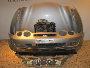 Hyundai coupe 99-01 μούρη-μετώπη εμπρός κομπλέ ασημί