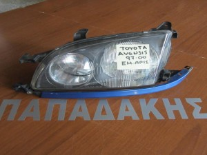 Toyota avensis 97-00 φανάρι εμπρός αριστερό